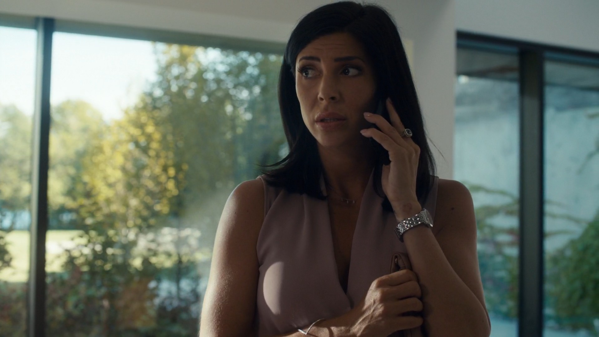 Cindy Sampson- Private Eyes S03E10-E12 (Season Finale, Part 2)