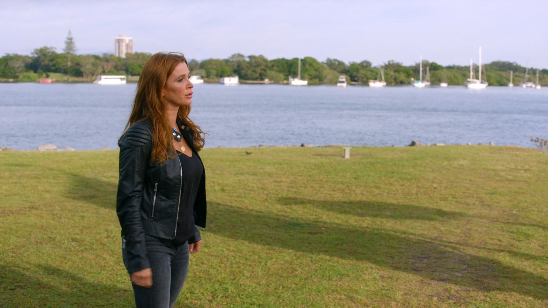 Poppy Montgomery- Reef Break S01E011-E13 (Season Finale)