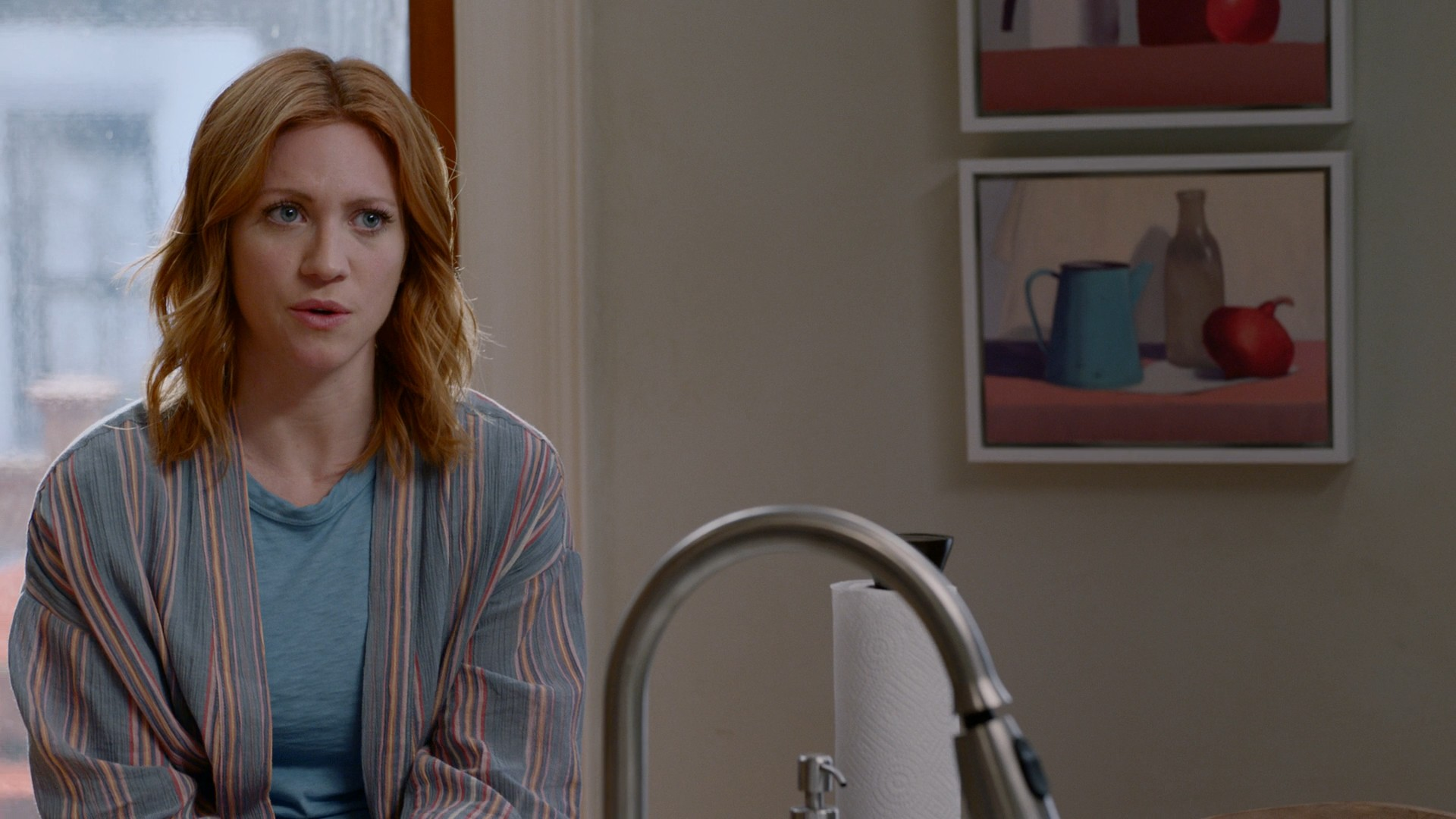 Brittany Snow, Emily Osment- Almost Family S01E05