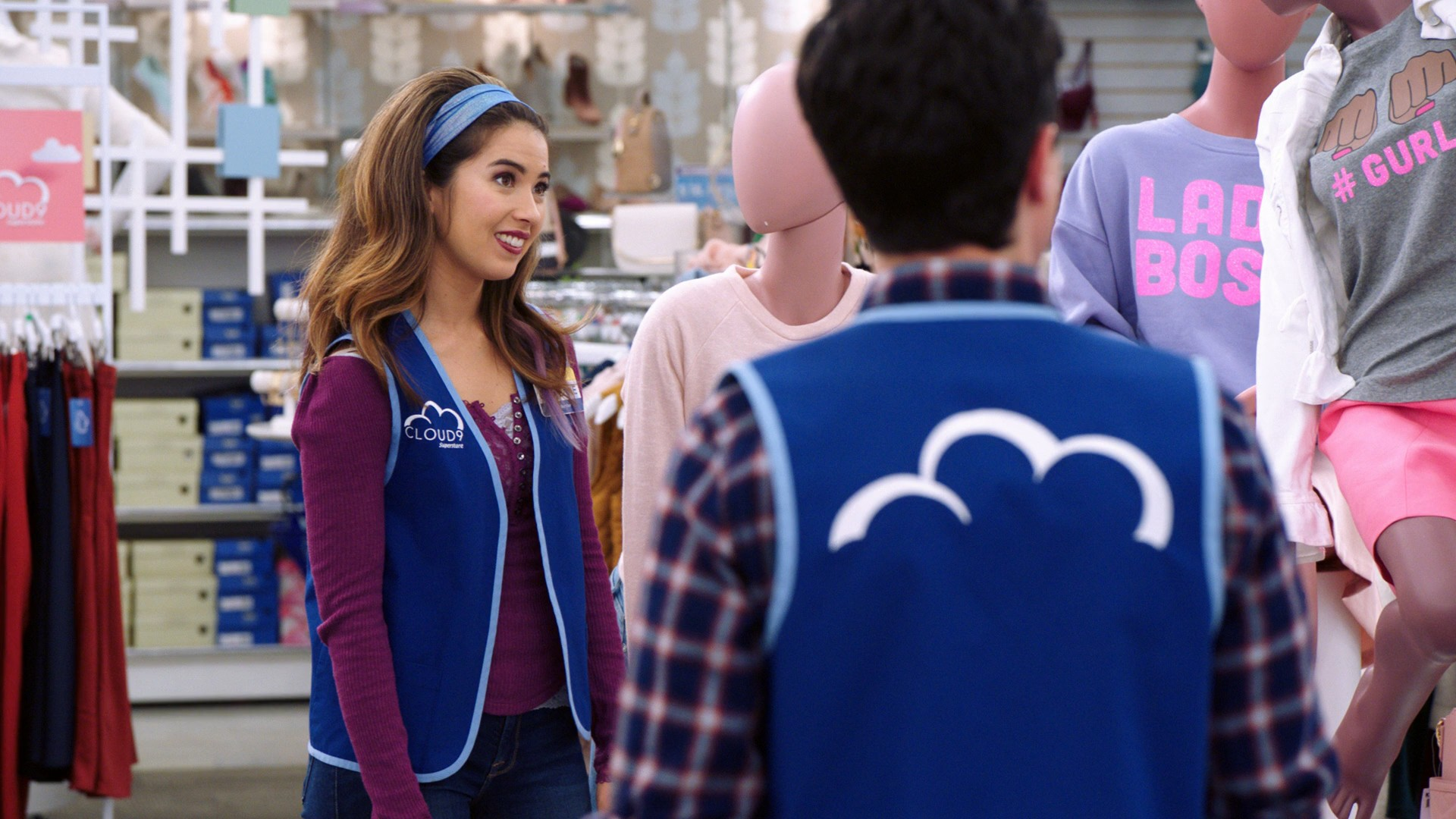 America Ferrera, Nichole Bloom- Superstore S05E11