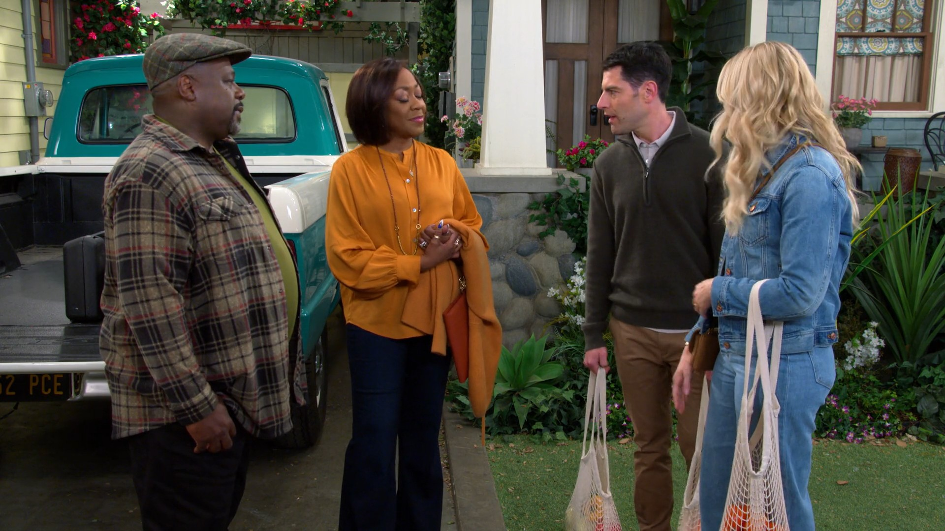 Beth Behrs- The Neighborhood S02E15-E16