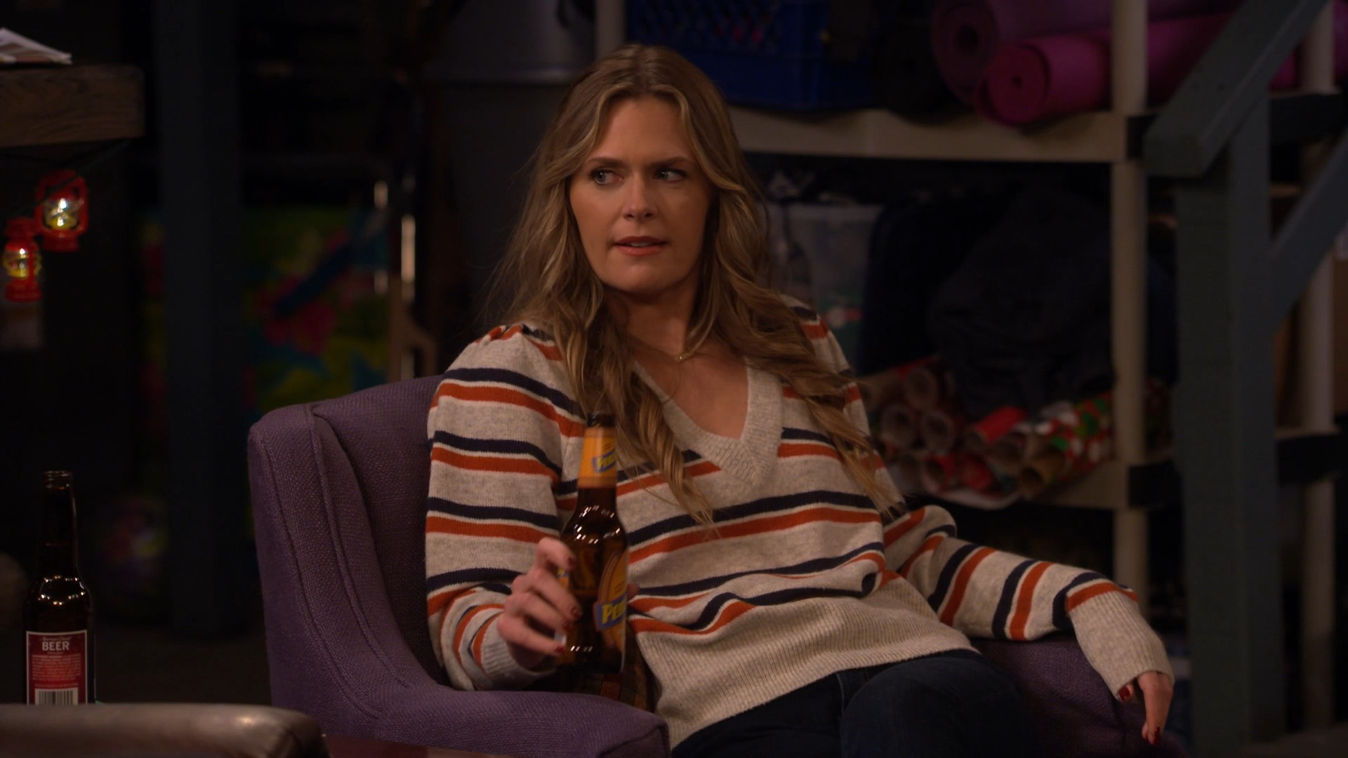 Maggie Lawson, Ashley Boettcher- Outmatched S01E05