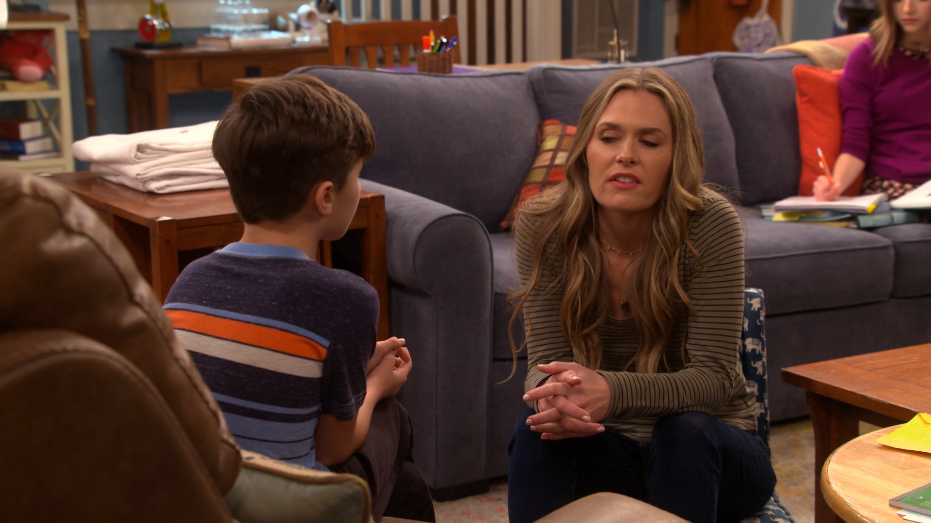 Maggie Lawson- Outmatched S01E06