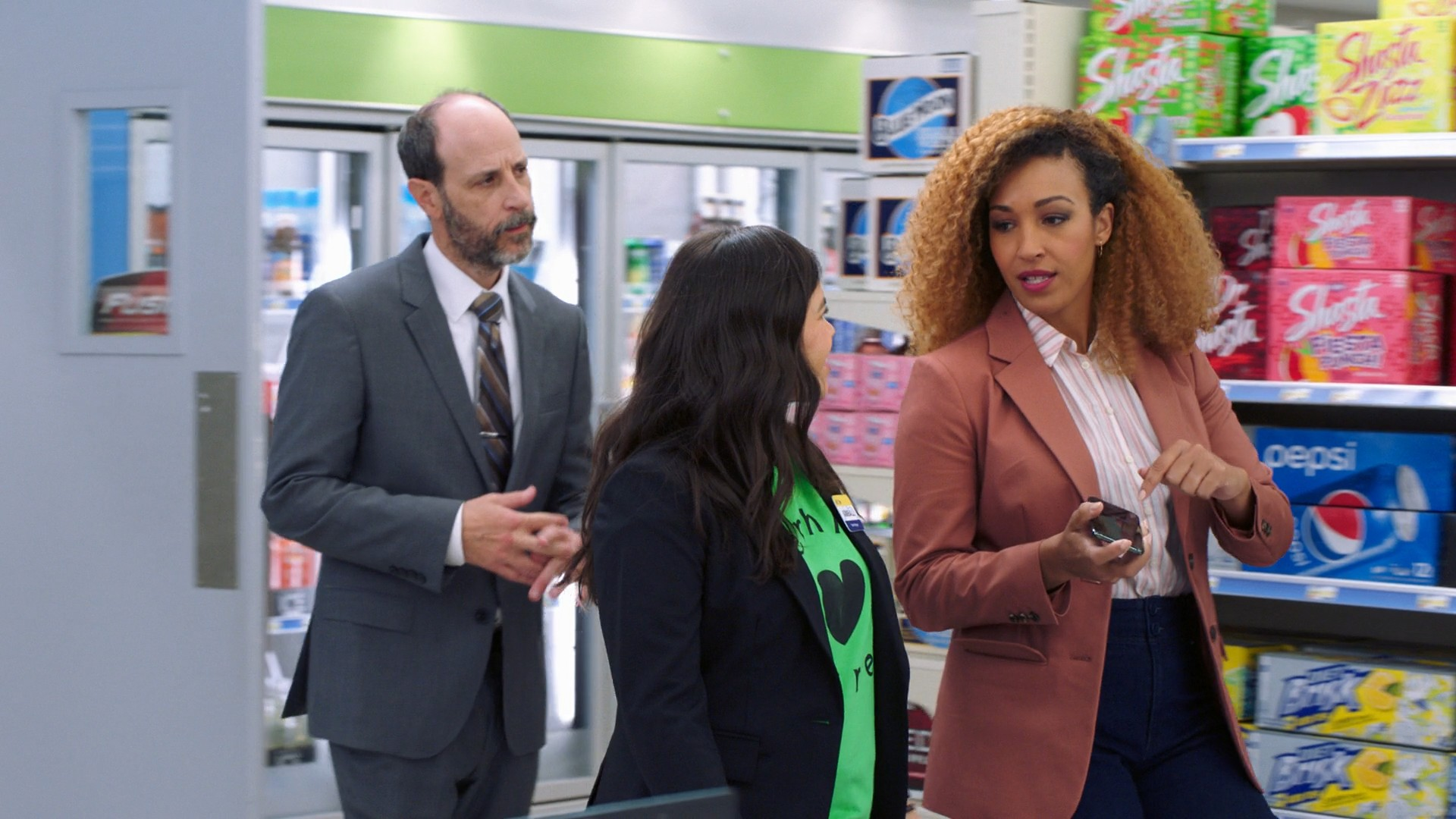 America Ferrera, Nichole Bloom- Superstore S05E16-E17