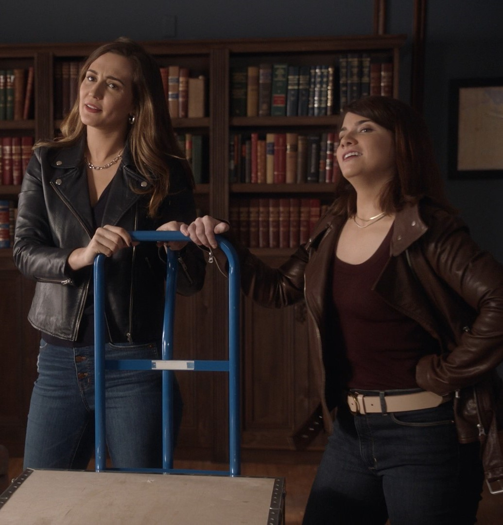 Catherine Bell, Katherine Barrell- Good Witch S06E10 (Season Finale)