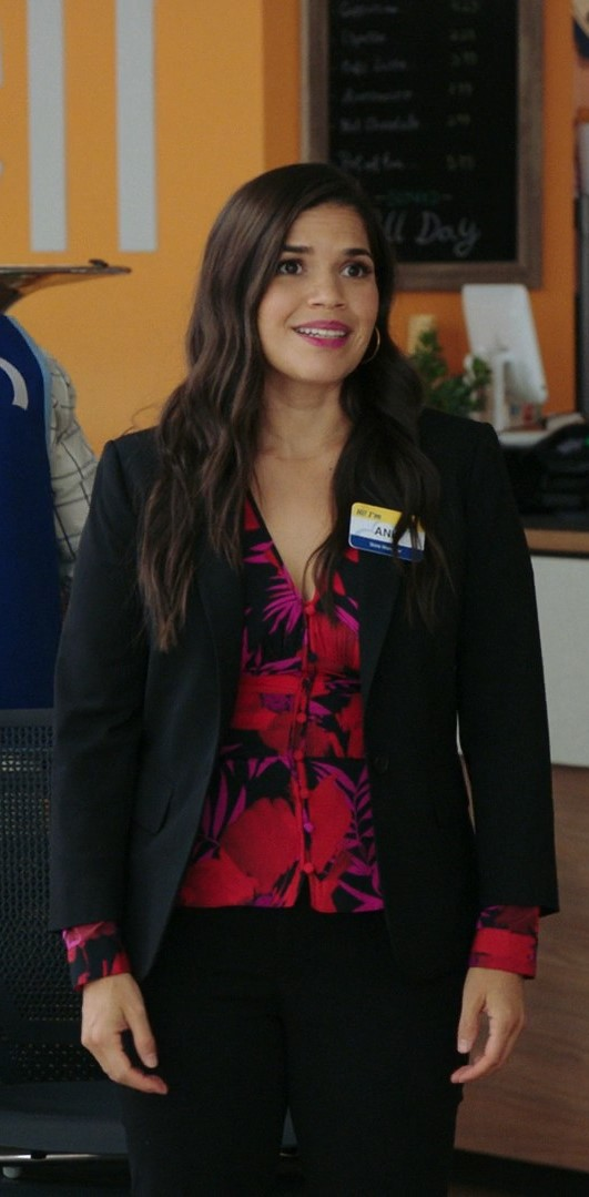 America Ferrera, Nichole Bloom- Superstore S06E01 (Season Premiere)