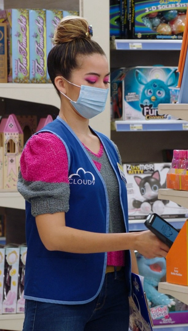 Nichole Bloom, Kelly Stables- Superstore S06E07